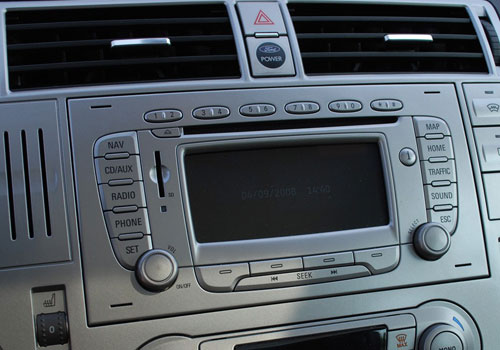 Ford Kuga Front AC Controls Interior Picture