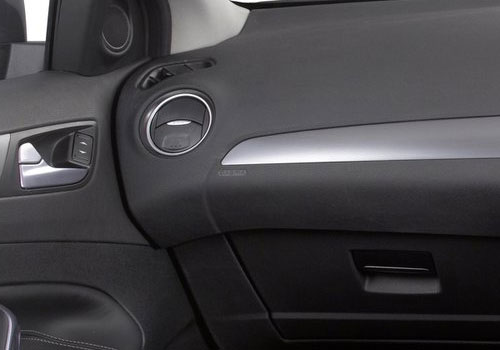 Ford Mondeo Side AC Control Interior Picture