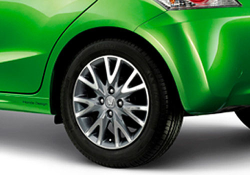 Honda Brio Wheel and Tyre Exterior Picture