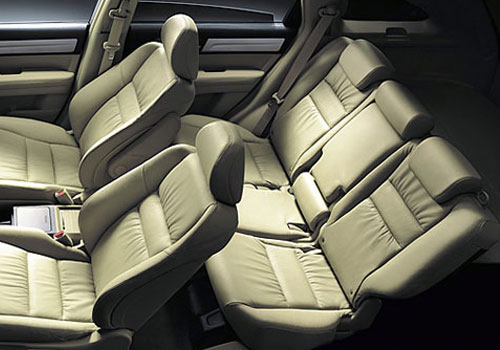 Honda CR-V Rear Seats Interior Picture