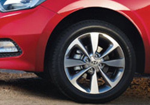 Hyundai Elite i20 Wheel and Tyre Exterior Picture