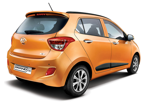 Hyundai Grand i10 Rear Angle View Exterior Picture