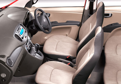 Hyundai i10 Front Seats Interior Picture