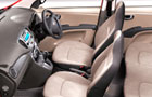 Hyundai i10 Front Seats Picture