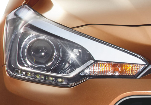 Hyundai i20 Active Headlight Exterior Picture