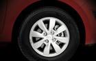 Hyundai i20 Wheel and Tyre Pictures