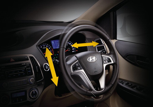 Hyundai i20 Steering Wheel Interior Picture