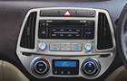 Hyundai i20 Front AC Controls Picture