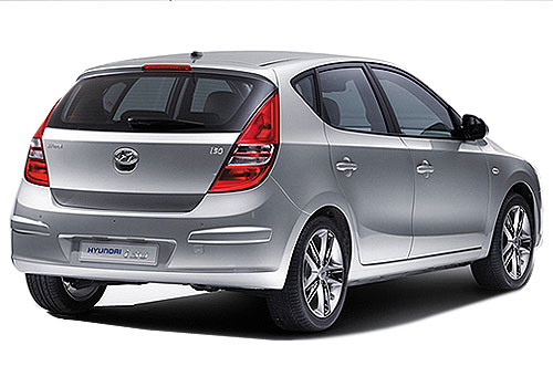 Hyundai i30 Rear Angle View Exterior Picture
