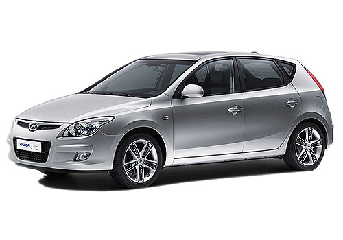 Hyundai i30 Front Angle View Exterior Picture