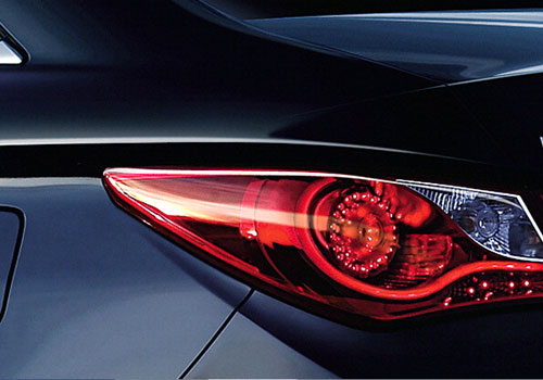 Hyundai Sonata Tail Light Exterior Picture