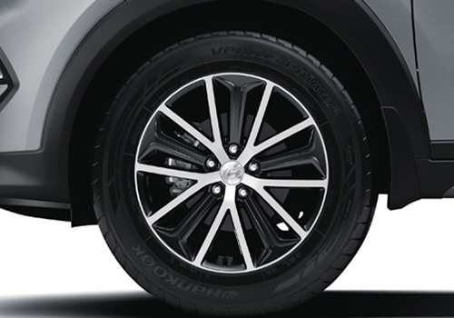 Hyundai Tucson Wheel and Tyre Exterior Picture
