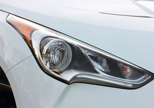 Hyundai Veloster Headlight Exterior Picture