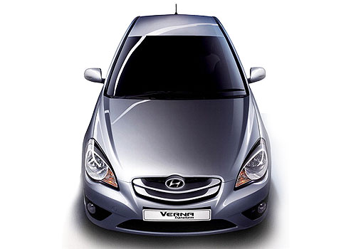 Hyundai Verna Top View Picture