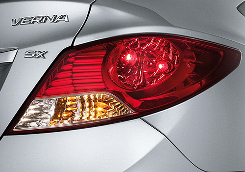 Hyundai Verna Tail Light Exterior Picture