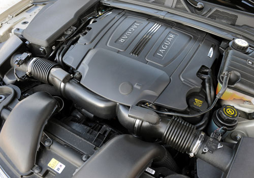 Jaguar XF Engine Picture