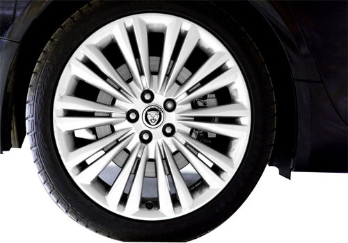 Jaguar XJ Wheel and Tyre Exterior Picture