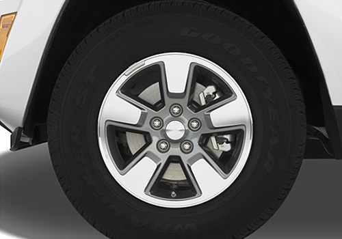 Jeep Liberty Wheel and Tyre Exterior Picture