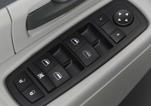 Jeep Liberty Driver Side Door Control Interior Picture