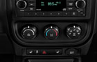 Jeep Patriot Front AC Controls Picture