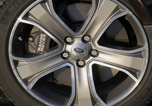 Land Rover Range Rover Sport Wheel and Tyre Exterior Picture