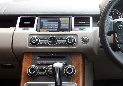 Land Rover Range Rover Sport Front AC Controls Interior Picture