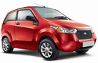 Mahindra Reva E20 Front Low Angle View Picture