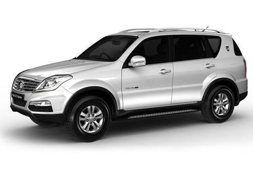 Mahindra Rexton Front Angle Low Wide Exterior Picture