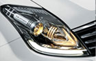Mahindra Rexton Headlight Pictures