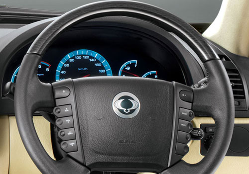 Mahindra Rexton Steering Wheel Interior Picture