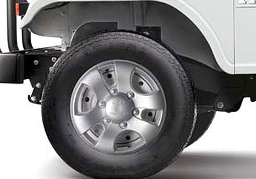 Mahindra Thar Wheel and Tyre Exterior Picture