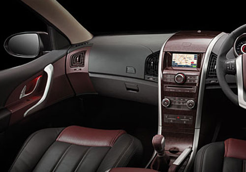 Mahindra XUV 500 Side AC Control Interior Picture