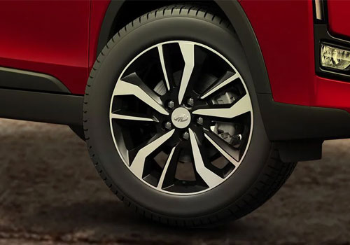 Mahindra XUV300 Wheel and Tyre Exterior Picture