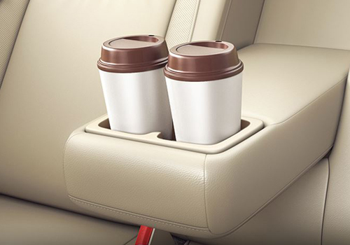 Maruti Suzuki Ciaz Bottle Holder PIcture