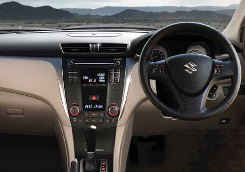 Maruti Kizashi Dashboard Interior Picture