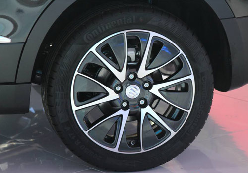 Maruti S Cross Wheel and Tyre Exterior Picture
