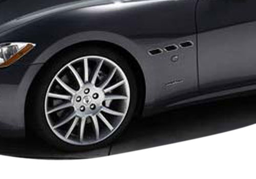 Maserati Gran Cabrio Wheel and Tyre Exterior Picture