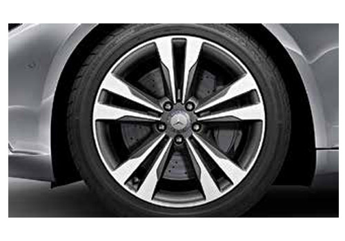 Maybach S500 Wheel and Tyre Exterior Picture