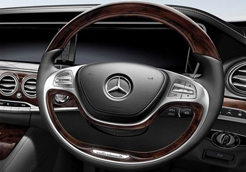 Maybach S500 Steering Wheel Interior Picture