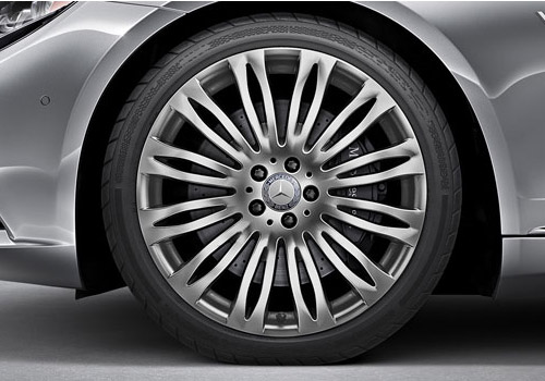 Maybach S600 Wheel and Tyre Exterior Picture