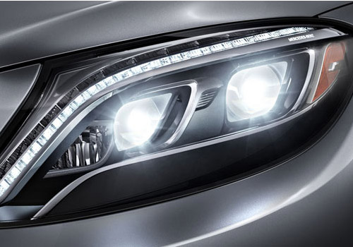 Maybach S600 Headlight Exterior Picture