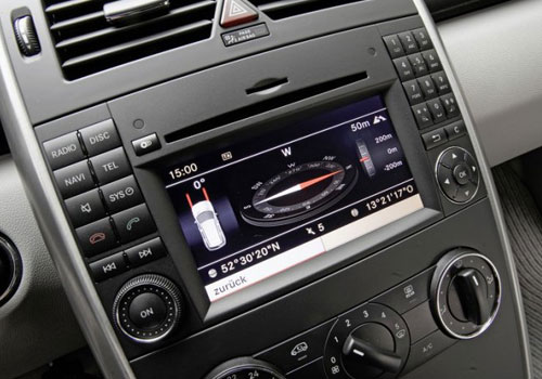 Mercedes Benz A Class Stereo Interior Picture
