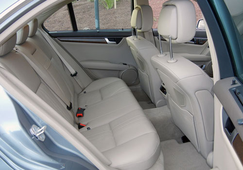 Used Cars Dealers >> Mercedes Benz C Class Rear Seats Interior Picture ...