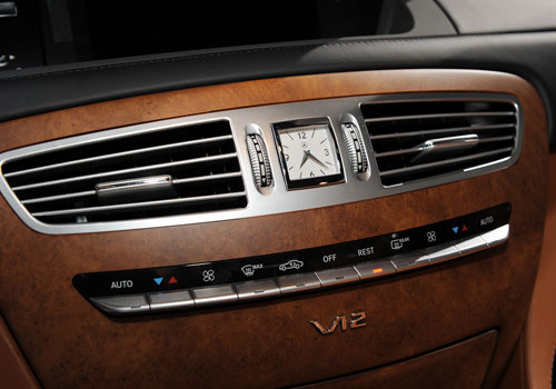 Mercedes Benz CL Class Front AC Controls Interior Picture