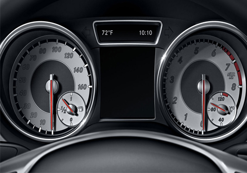 Mercedes Benz CLA Class Instrument cluster display Interior Picture