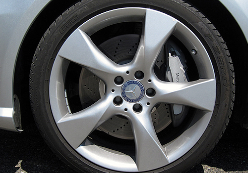 Mercedes Benz CLS Class Wheel and Tyre Exterior Picture