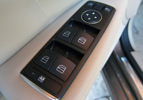 Mercedes Benz CLS Class Driver Side Door Control Interior Picture