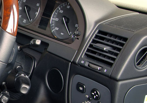 Mercedes Benz G Class Side AC Control Interior Picture