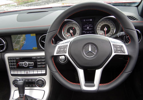Mercedes Benz SLK Class Steering Wheel Interior Picture