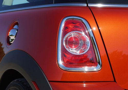 Mini Cooper Countryman Tail Light Exterior Picture